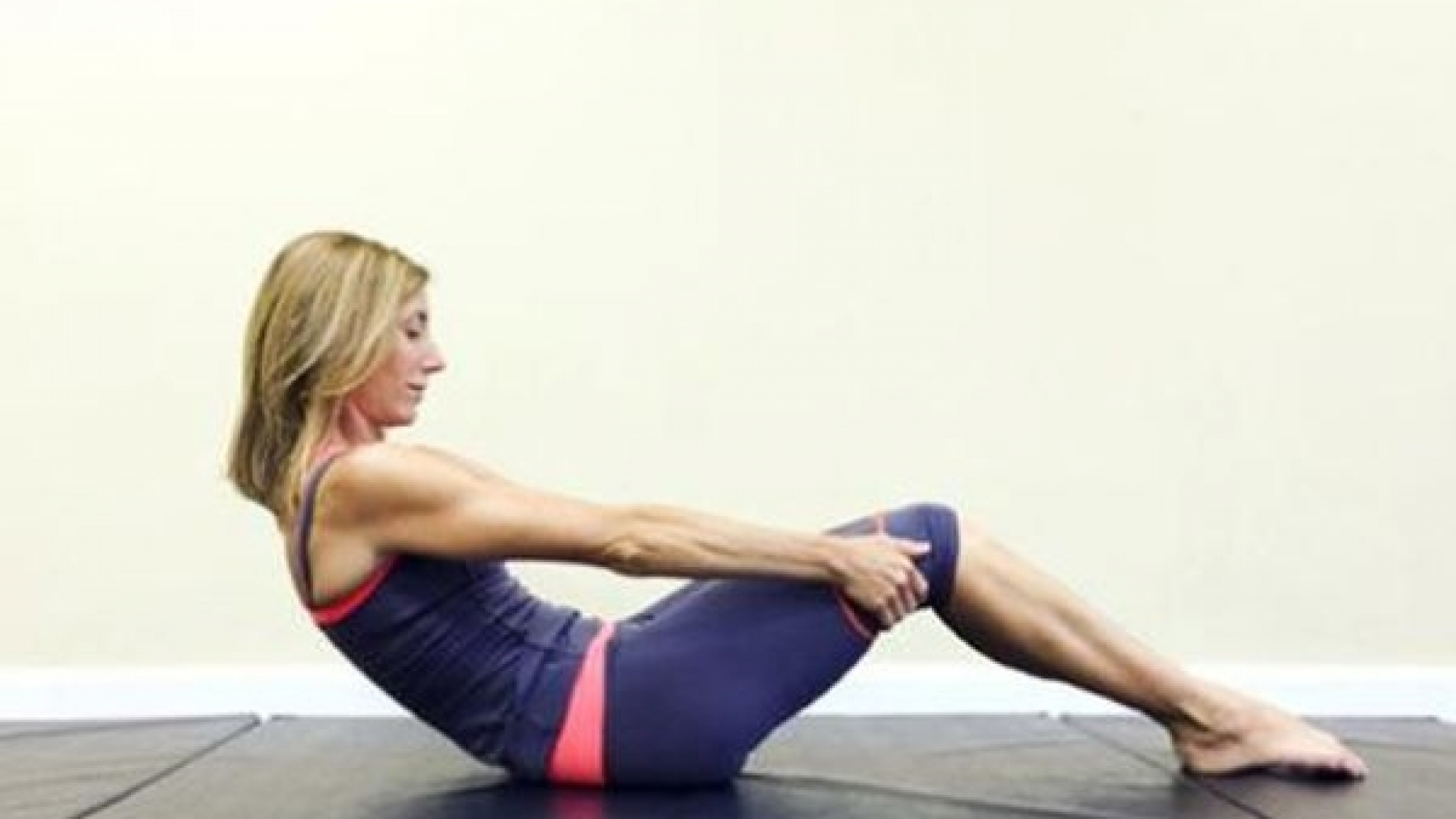 Los básicos de Pilates: The roll up